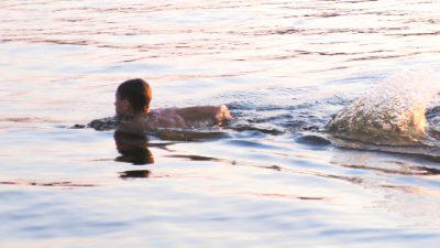Noord-Holland helpt zwemwater verbeteren