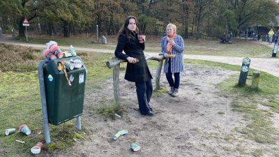 (audio) Goois Natuurreservaat in actie tegen wegwerpbekers in de natuur