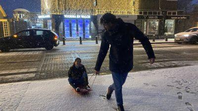 Rondje Laren in de sneeuw: 16 januari 2021  (38 foto's)
