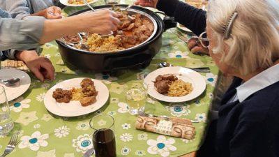 Weer gezelligheid voor de ouderen van Laren bij Ons genoegen