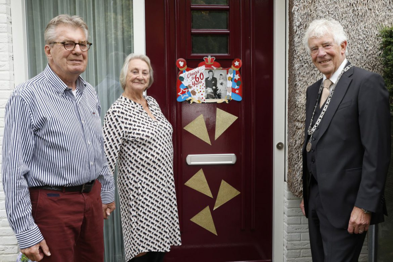 Henk en Annemarie Wallenburg 60 jaar getrouwd
